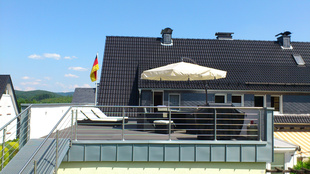 Foto: Zweifamilienhaus Olpe - Dachterrasse